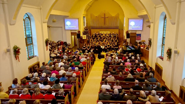 People and choir at the Christmas Concert 2017 at Christ Church Petts Wood